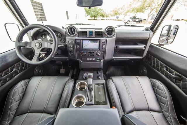 Chiếc Land Rover Defender trong mơ của những người đam mê off-road - Ảnh 11.