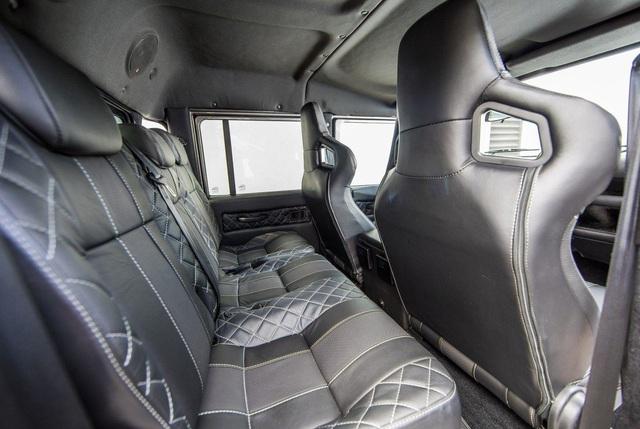 Chiếc Land Rover Defender trong mơ của những người đam mê off-road - Ảnh 13.