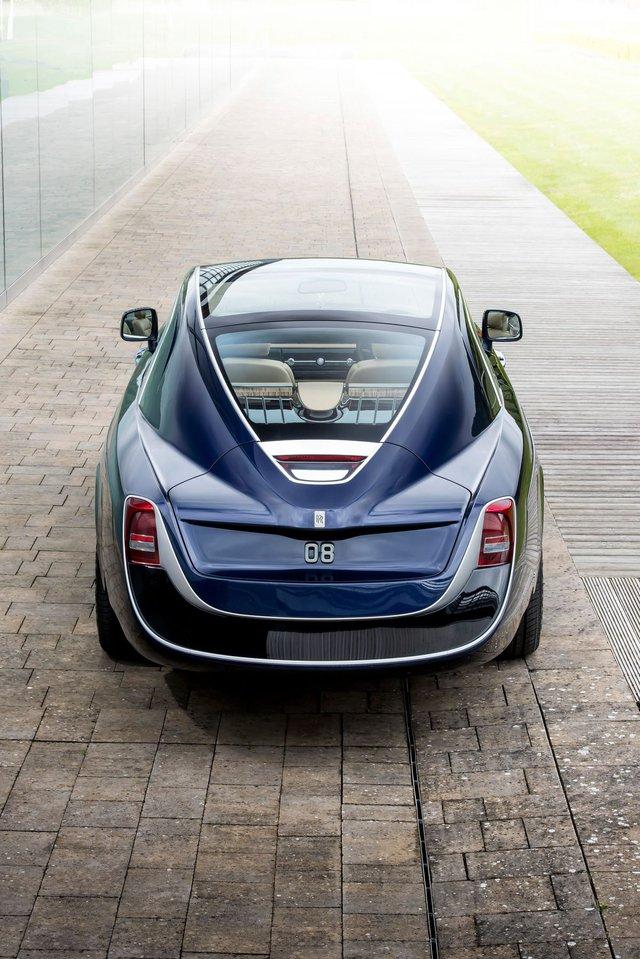 Bắt gặp kiệt tác 290,6 tỷ Đồng Rolls-Royce Sweptail trên đường phố - Ảnh 3.