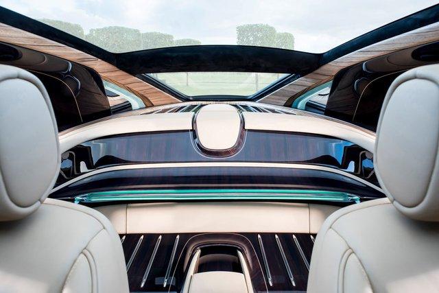 Bắt gặp kiệt tác 290,6 tỷ Đồng Rolls-Royce Sweptail trên đường phố - Ảnh 10.
