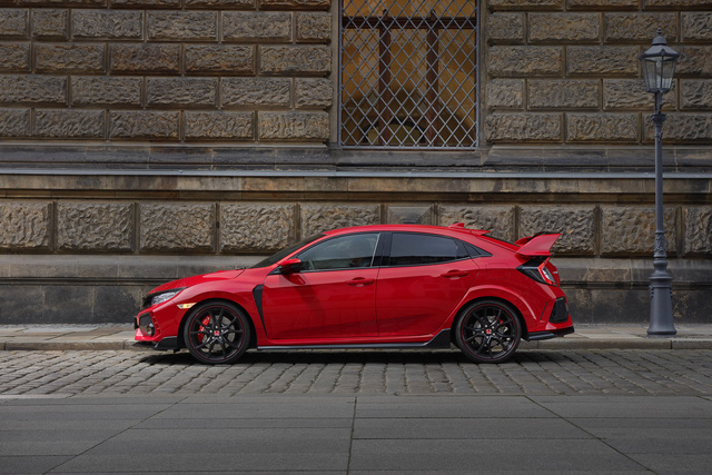 Chi tiết Honda Civic Type R 2018 dành cho lục địa già - Ảnh 8.