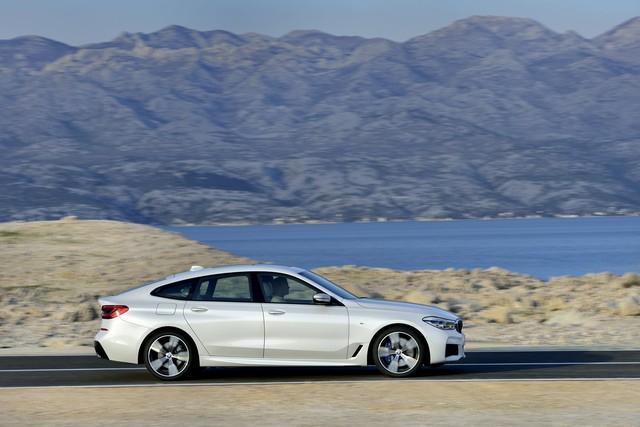 BMW 6-Series Gran Turismo 2018 - Xe sang công nghệ cao và tiện dụng - Ảnh 2.