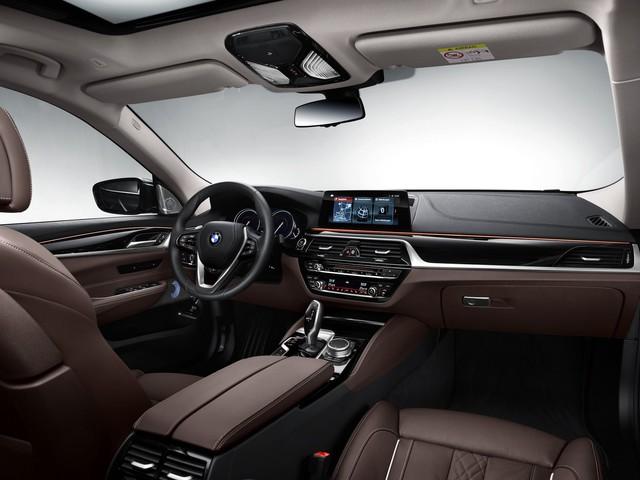 BMW 6-Series Gran Turismo 2018 - Xe sang công nghệ cao và tiện dụng - Ảnh 5.