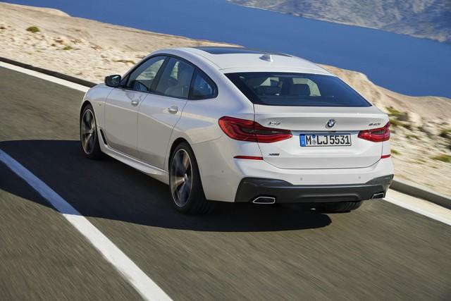 BMW 6-Series Gran Turismo 2018 - Xe sang công nghệ cao và tiện dụng - Ảnh 10.