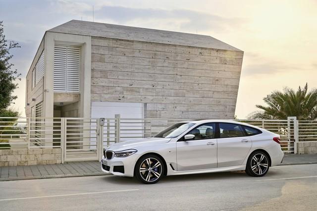 BMW 6-Series Gran Turismo 2018 - Xe sang công nghệ cao và tiện dụng - Ảnh 12.