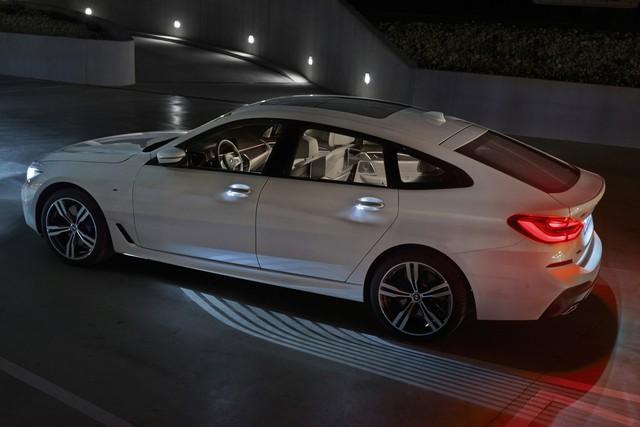 BMW 6-Series Gran Turismo 2018 - Xe sang công nghệ cao và tiện dụng - Ảnh 8.