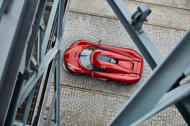 Tin buồn cho các đại gia: Siêu xe không hộp số Koenigsegg Regera đã cháy hàng - Ảnh 1.