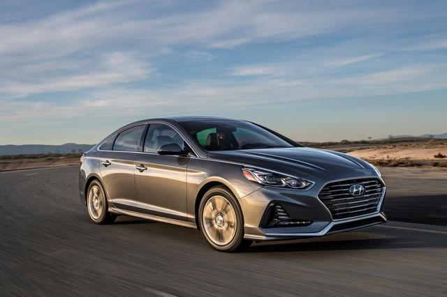 Sedan cỡ trung Hyundai Sonata 2018 được chốt giá - Ảnh 1.