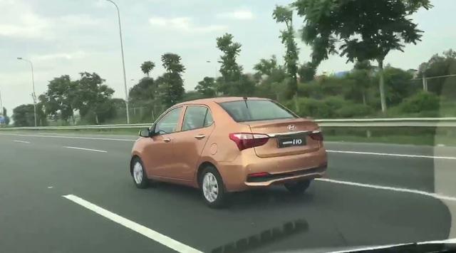 Video bắt gặp Hyundai Grand i10 Sedan 2017 trên đại lộ Thăng Long - Ảnh 5.