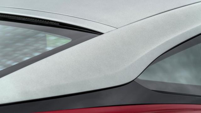 Làm quen với chiếc Aston Martin DB11 có một không hai trên thế giới - Ảnh 2.