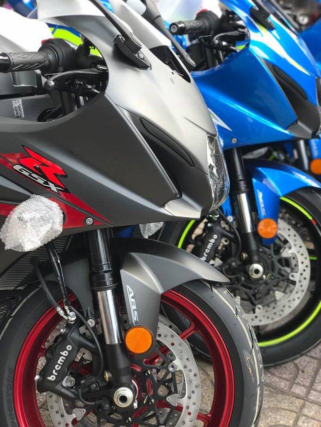 Lô siêu mô tô Suzuki GSX-R1000 2017 đầu tiên cập bến Việt Nam, giá khoảng 600 triệu Đồng - Ảnh 7.