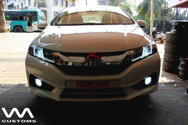 Honda City đời cũ lột xác với hệ thống đèn như Audi TT - Ảnh 1.