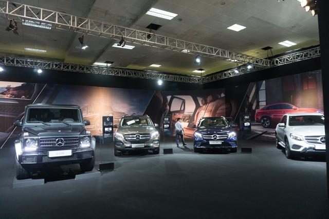 Triển lãm Mercedes-Benz Fascination 2017 chính thức khai mạc tại Hà Nội với dàn xe hơn 150 tỷ Đồng - Ảnh 1.