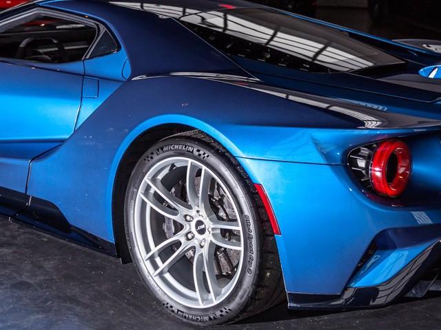 Khám phá những tính năng thú vị nhất của siêu xe kén khách Ford GT 2017  - Ảnh 4.