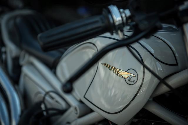 Làm quen với một BMW R NineT Scrambler đơn giản và đậm chất cổ điển - Ảnh 10.