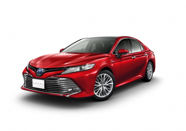 Toyota Camry 2018 chính thức ra mắt tại Nhật Bản, giá từ 656 triệu Đồng - Ảnh 1.