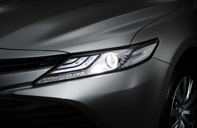 Toyota Camry 2018 chính thức ra mắt tại Nhật Bản, giá từ 656 triệu Đồng - Ảnh 3.