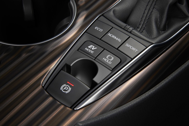 Toyota Camry 2018 chính thức ra mắt tại Nhật Bản, giá từ 656 triệu Đồng - Ảnh 12.