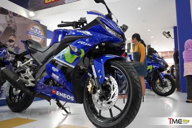 Mô tô thể thao Yamaha R15 3.0 có thêm phiên bản Movistar mới - Ảnh 1.