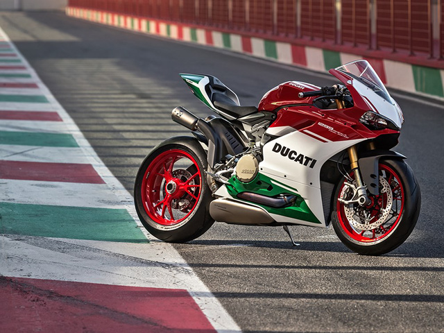 Ducati trình làng phiên bản cuối cùng của dòng 1299 Panigale với giá hơn 1 tỷ Đồng - Ảnh 1.