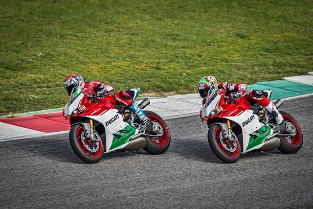 Ducati trình làng phiên bản cuối cùng của dòng 1299 Panigale với giá hơn 1 tỷ Đồng - Ảnh 3.