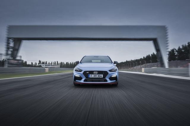Phiên bản thể thao của xe gia đình Hyundai i30 chính thức trình làng - Ảnh 5.