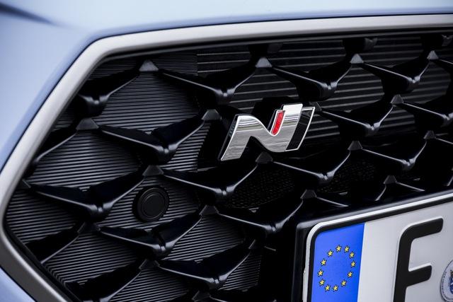 Phiên bản thể thao của xe gia đình Hyundai i30 chính thức trình làng - Ảnh 7.