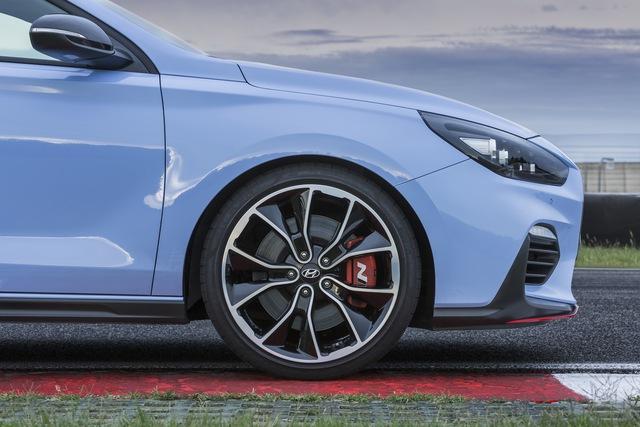 Phiên bản thể thao của xe gia đình Hyundai i30 chính thức trình làng - Ảnh 10.