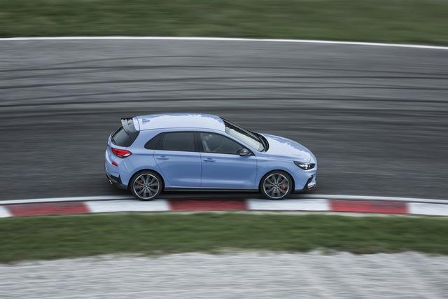 Phiên bản thể thao của xe gia đình Hyundai i30 chính thức trình làng - Ảnh 11.
