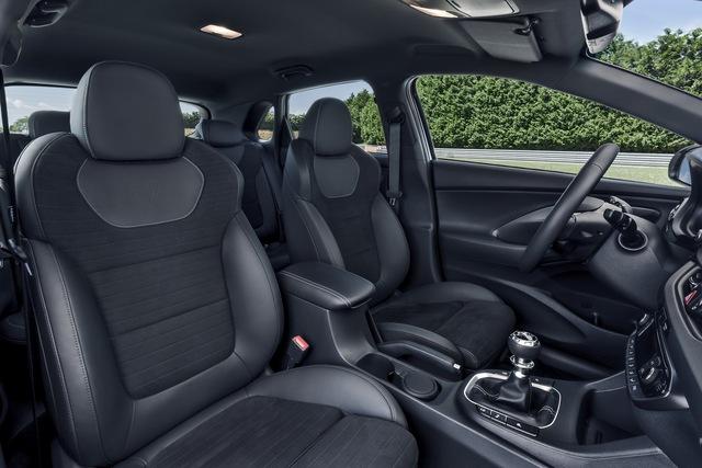 Phiên bản thể thao của xe gia đình Hyundai i30 chính thức trình làng - Ảnh 17.