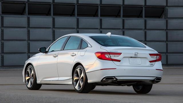 Honda Accord 2018 chính thức ra mắt, sẵn sàng đấu Toyota Camry - Ảnh 3.