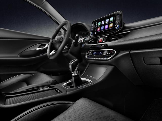 Hyundai i30 Fastback 2018 - Xe coupe 5 cửa cỡ nhỏ hoàn toàn mới - Ảnh 9.