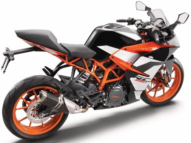 Cận cảnh mô tô thể thao giá mềm KTM RC390 2017 - Ảnh 3.