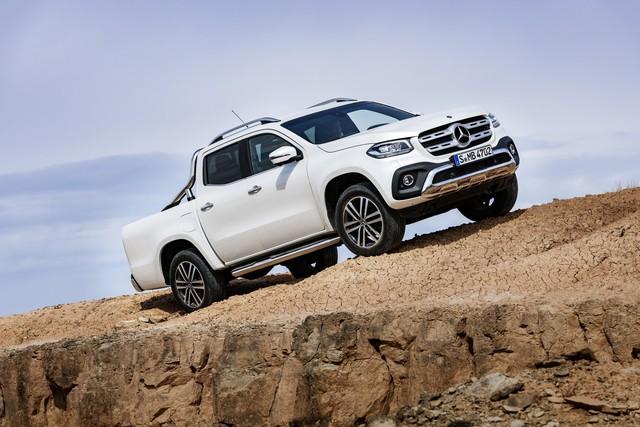 Xe bán tải hạng sang Mercedes-Benz X-Class 2018 trình làng, giá gần 1 tỷ Đồng - Ảnh 1.