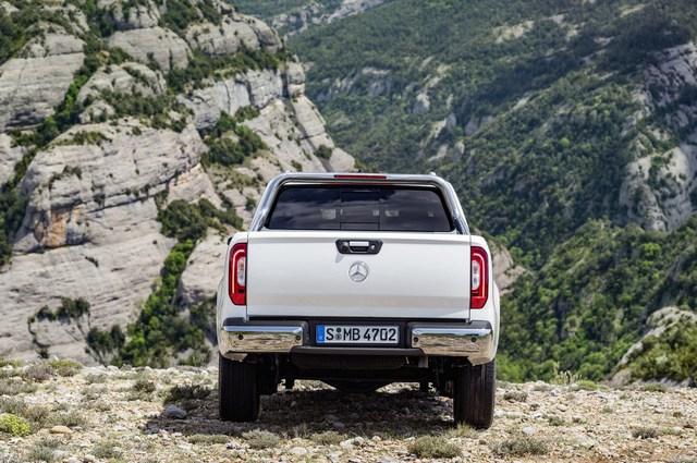 Xe bán tải hạng sang Mercedes-Benz X-Class 2018 trình làng, giá gần 1 tỷ Đồng - Ảnh 7.
