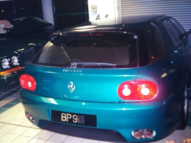 """Chiêm ngưỡng những hình ảnh hiếm về bộ sưu tập xe """"khủng"""" của Quốc vương Brunei - Ảnh 7."""