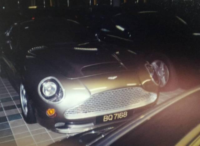 """Chiêm ngưỡng những hình ảnh hiếm về bộ sưu tập xe """"khủng"""" của Quốc vương Brunei - Ảnh 8."""