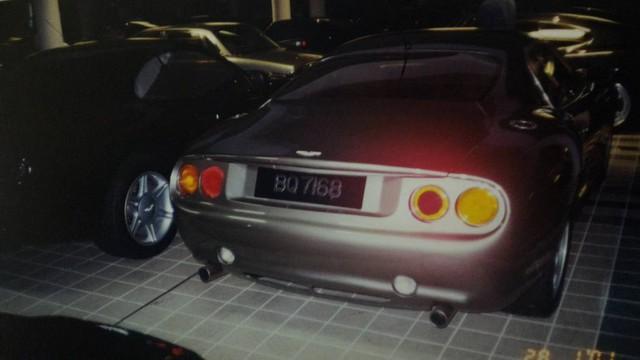 """Chiêm ngưỡng những hình ảnh hiếm về bộ sưu tập xe """"khủng"""" của Quốc vương Brunei - Ảnh 9."""