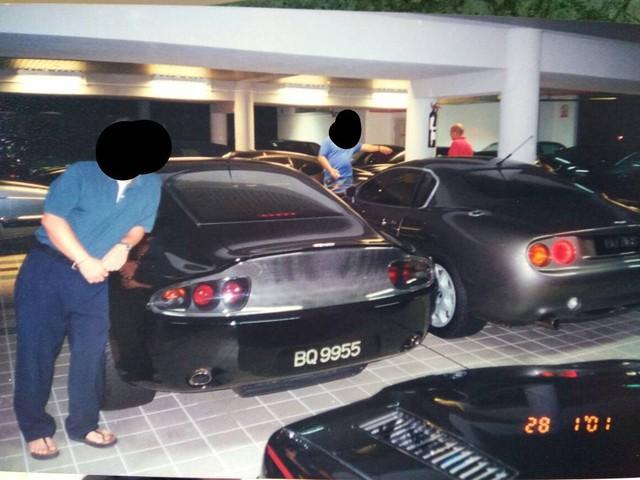 """Chiêm ngưỡng những hình ảnh hiếm về bộ sưu tập xe """"khủng"""" của Quốc vương Brunei - Ảnh 10."""