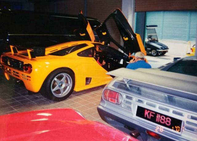 """Chiêm ngưỡng những hình ảnh hiếm về bộ sưu tập xe """"khủng"""" của Quốc vương Brunei - Ảnh 13."""