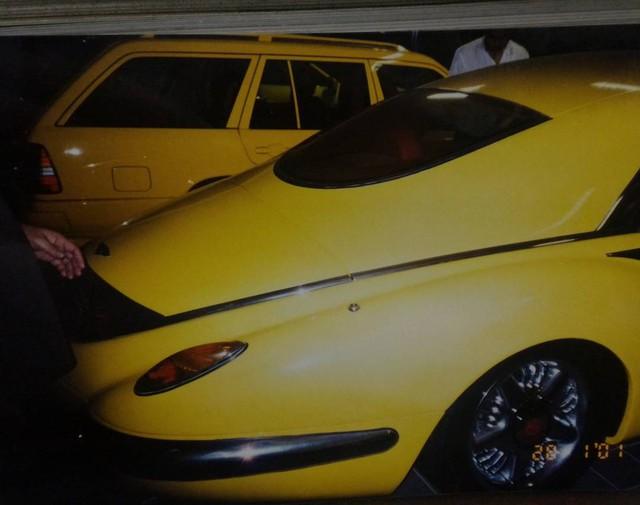 """Chiêm ngưỡng những hình ảnh hiếm về bộ sưu tập xe """"khủng"""" của Quốc vương Brunei - Ảnh 24."""