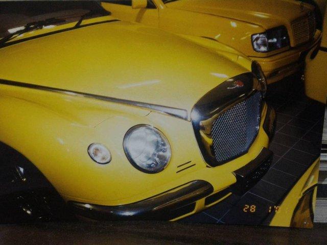 """Chiêm ngưỡng những hình ảnh hiếm về bộ sưu tập xe """"khủng"""" của Quốc vương Brunei - Ảnh 23."""