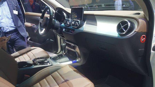 Cận cảnh vẻ đẹp bằng xương, bằng thịt của xe bán tải hạng sang Mercedes-Benz X-Class 2018 - Ảnh 7.