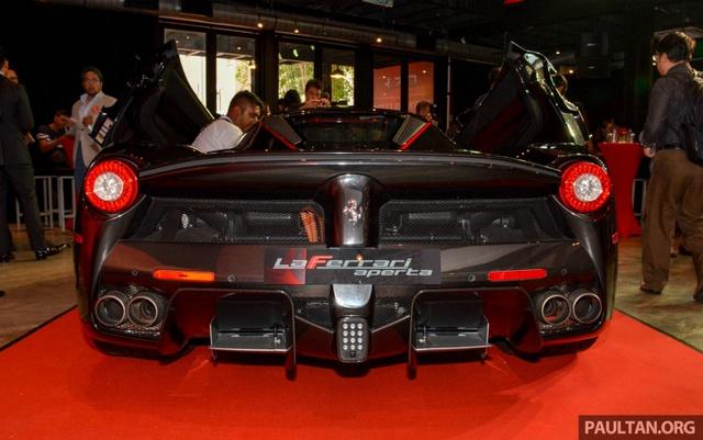 Siêu phẩm Ferrari LaFerrari Aperta ra mắt tại Malaysia, nhà giàu Việt phát thèm - Ảnh 10.