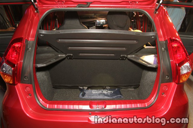 Nhãn hiệu con của Nissan tung ra xe có giá chưa đến 130 triệu Đồng tại Ấn Độ, người Việt phát thèm - Ảnh 6.