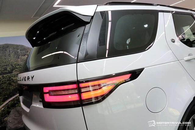 SUV hạng sang Land Rover Discovery 2018 cập bến Đông Nam Á, giá từ 4,4 tỷ Đồng - Ảnh 6.