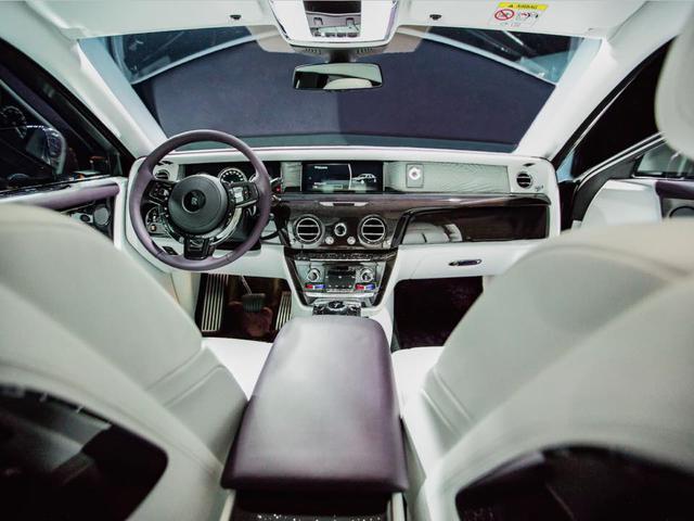 Xe siêu sang Rolls-Royce Phantom 2018 đã có mặt tại đại lý - Ảnh 7.