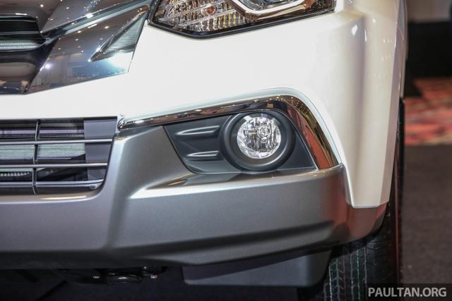 Ngắm kỹ Isuzu MU-X 2017 có thể về Việt Nam trong tương lai để cạnh tranh Toyota Fortuner - Ảnh 4.