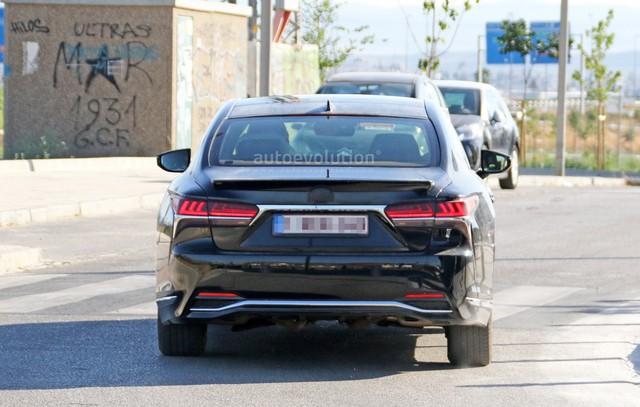 Chiếc xe sang Lexus LS 2019 bí ẩn xuất hiện trên đường thử - Ảnh 4.