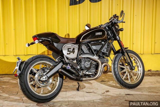 Sau Việt Nam, Ducati mang cặp đôi Scrambler Desert Sled và Café Racer đến Malaysia - Ảnh 5.